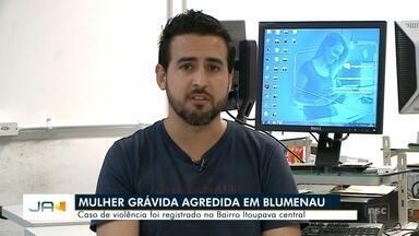 Homem de 33 anos é preso suspeito de agredir a esposa grávida em Blumenau - Homem de 33 anos é preso suspeito de agredir a esposa grávida em Blumenau