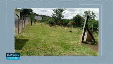Prefeitura de Cianorte corta mato alto de academia ao ar livre - O Boa noite Paraná mostrou ontem a situação do local depois que um telespectador mandou pra gente a sugestão de reportagem.