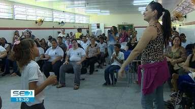 Dias da Síndrome de Down e da Luta Contra a Discriminação Racial são lembrados em Aracaju - Na Escola Estadual 11 de agosto, na capital, foram realizadas ações que abordaram os dois temas.
