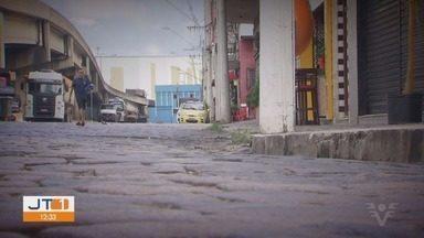 Livro mostra o auge e a decadência da Boca do Lixo, no Paquetá, em Santos - Durante muitos anos o bairro era conhecido pela vida noturna agitada.