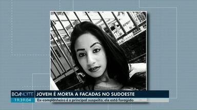 Jovem de 20 anos é morta a facadas em Francisco Beltrão - Ex-companheiro é o principal suspeito; ele está foragido.