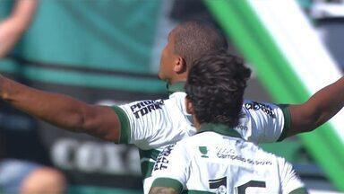 Gol do Coritiba! Rodrigão aproveita oportunidade e manda para as redes - Gol do Coritiba! Rodrigão aproveita oportunidade e manda para as redes