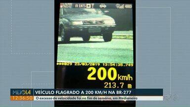 Veículo é flagrado a 200 km/h na BR-277, em Medianeira - O flagrante foi no fim de semana.
