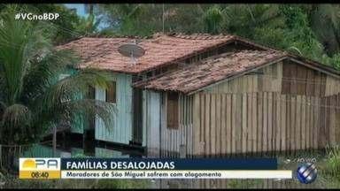 Moradores também estão desabrigados em São Miguel do Guamá, no nordeste paraense - Apesar de alagamentos, parte das famílias ainda permanece em casa, pois, tema assaltos.