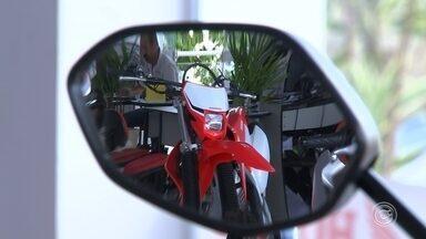 Vendas de motocicletas crescem 20% em Sorocaba em 2018 - As vendas de motocicletas voltaram a subir depois de 10 anos em queda. Em Sorocaba (SP), o crescimento nas vendas foi de 20% em 2018.