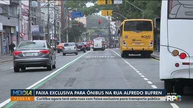 Rua Alfredo Bufren terá faixa exclusiva para ônibus - Mudança vale a partir de hoje (28).