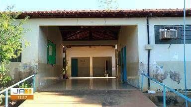 Reforma da Escola Brasil está paralisada e aulas são ofertadas no improviso - Reforma da Escola Brasil está paralisada e aulas são ofertadas no improviso