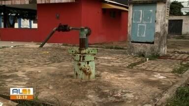 Abastecimento de água é normalizado no Benedito Bentes - Falta de água estava prejudicando a comunidade do Conjunto João Sampaio.