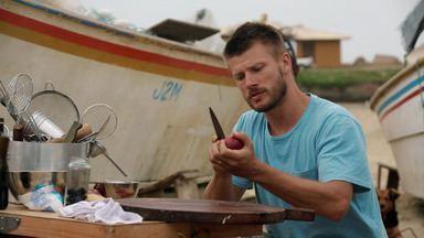 Verão: Bacalhau Brasileiro - Com os pescadores do Farol de Santa Marta, Hilbert sai em alto mar para uma pescaria de abrótea, conhecido como bacalhau brasileiro. Depois, prepara um bacalhau à brasileira.