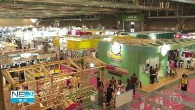 Feira Artesanal Nordeste oferece capacitação e produtos para artesãos - Evento é realizado no Centro de Convenções de Pernambuco.