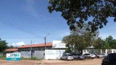 Moradores reclamam de escolas que foram fechadas pelo governo - Moradores reclamam de escolas que foram fechadas pelo governo
