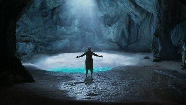 A fonte seca - Murilo conta para Luz que a fonte foi descoberta e Júnior não entende o que está acontecendo