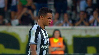 Com muitas chances perdidas, Botafogo não consegue bater o Juventude pela Copa do Brasil - Com muitas chances perdidas, Botafogo não consegue bater o Juventude pela Copa do Brasil