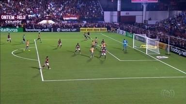 Atlético-GO vence o Santos e larga na frente na Copa do Brasil - Com estádio cheio e gol de cabeça de Jorginho, Dragão bate o Peixe
