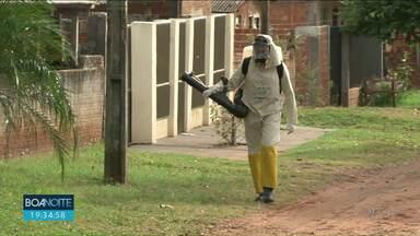 Depois de morte por dengue em Loanda equipes de combate intensificam os trabalhos - Mesmo assim há muito lixo descartado de maneira irregular na cidade.