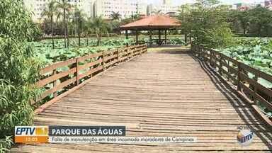 Moradores denunciam falta de manutenção no Parque das Águas, em Campinas - Placas de orientação estão apagadas e a ponte tem buracos e madeiras soltas. Segundo a Prefeitura, a área de lazer atende, em média, 30 mil pessoas que vivem na região.