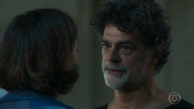 Murilo acusa Valentina de ser a mandante do atentado a Gabriel - Eles discutem no hospital