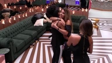 Hariany faz planos pós BBB com Carolina e Gabriela: 'Nós vamos faz um festão' - Hariany faz planos pós BBB com Carolina e Gabriela: 'Nós vamos faz um festão'