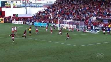 Atlético-GO derrota Vila Nova e se classifica para final do Goianão - Dragão ganha o segundo jogo da semifinal do Campeonato Goiano por 1 a 0.