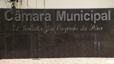 Vereador e chefe de gabinete são presos em desdobramento de operação do Gaeco em Ipatinga - Osimar Barbosa (PSC) é o sexto vereador a ser detido na operação Dolos, que investiga esquema de manipulação de salários de servidores.