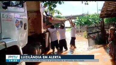 População de Luzilândia sofre com alagamentos e muitas famílias já estão desabrigadas - População de Luzilândia sofre com alagamentos e muitas famílias já estão desabrigadas