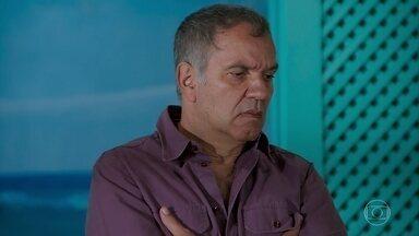 Herculano sugere que Janaína abra o restaurante sem o alvará - Diego diz vários estabelecimentos funcionam sem alvará, mas não aconselha que a tia o faça