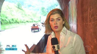 RJ2 Inter TV - Íntegra 08/04/2019 - Telejornal que traz as notícias locais, mostrando o que acontece na sua região, com prestação de serviço, boletins de trânsito e a previsão do tempo.