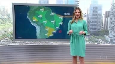 Confira a previsão do tempo para esta quarta-feira (10) em todo o Brasil - Pode voltar a chover forte na região metropolitana do Rio a qualquer momento, mas nada comparável ao temporal de segunda-feira (8). A cidade ainda está em estágio de crise e o risco de alagamento e deslizamento é alto.