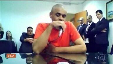 MP conclui que homem que esfaqueou Bolsonaro é considerado semi-imputável - O procurador Marcelo Medina analisou sete laudos e pareceres técnicos e avaliou que Adélio Bispo tem capacidade e entendimento diminuída, mas não completamente anulada.