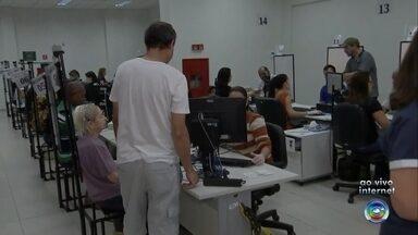 Cartórios eleitorais de todo o estado estão abertos neste sábado para cadastro biométrico - O repórter Guilherme Lopes mostrou a movimentação em um cartório eleitoral de Marília na manhã deste sábado (13).