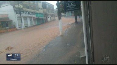 Guaxupé e Muzambinho têm pontos de alagamento e prejuízos com chuvas no domingo - Cidades registram altos índices de chuva no domingo