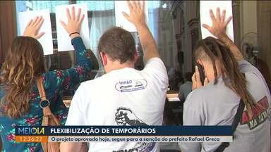 Vereadores aprovam a lei da flexibilização de temporários - A aprovação foi em segundo turno, sob protestos de servidores.