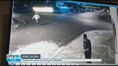 Vídeo mostra momento em que é homem a morto a tiros em Ribeirão Preto, SP - Vítima foi baleada oito vezes. Suspeito fugiu.