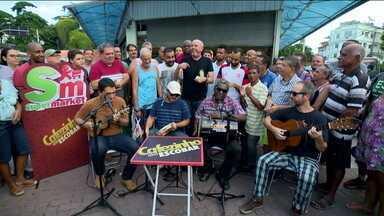 Com torcedores no Tanque, Cafezinho com Escobar comenta as novidades dos clubes cariocas - Com torcedores no Tanque, Cafezinho com Escobar comenta as novidades dos clubes cariocas
