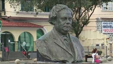 Placas de bustos são trocadas no Centro de São Luís - Placas estavam situadas no Complexo Deodoro, na área central da capital, que foi inaugurado em dezembro do ano de 2018.