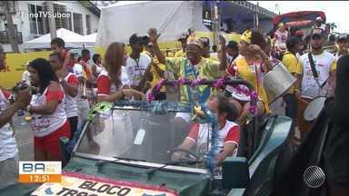 Coluna da Micareta: 19/04 - Veja os preparativos para o desfile do bloco Tracajá - Quadro mostra os novidades da folia em Feira de Santana.