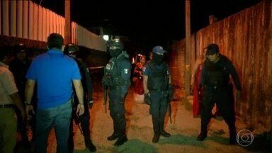 Homens armados entram em festa e matam 13 pessoas no México - Grupo matou 13 pessoas no estado mexicano de Veracruz. Uma das maiores chacinas da história recente do país.