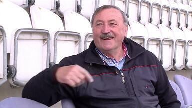 Inventor da cavadinha, tcheco Panenka avalia batidas do futebol brasileiro - Inventor da cavadinha, tcheco Panenka avalia batidas do futebol brasileiro