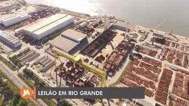 Novo leilão vende como sucata 38 mil toneladas de estruturas de aço em Rio Grande - Esse aço seria usado na construção de plataformas.