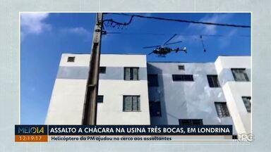 Helicóptero da PM ajuda em cerco de assaltantes na região da Usina Três Bocas - A polícia fez o cerco, mas os suspeitos acabaram fugindo, foi encontrado o local onde os bandidos abandonaram o carro.