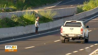 Mulher morre vítima de atropelamento na Rodovia Assis Chateaubriand - Motorista fugiu do local sem prestar socorro.