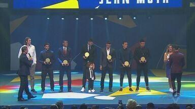 Santos emplaca quatro jogadores na seleção do Campeonato Paulista - Gustavo Henrique, Victor Ferraz, Diego Pituca e Jean Mota foram os premiados do Peixe.