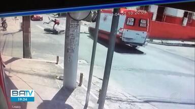 Equipe de ambulância do Samu que atropelou jovem é afastada das atividades - O corpo da vítima foi enterrado em Alagoinhas, onde ocorreu o acidente.