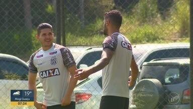 Ponte Preta tem disputa acirrada pela lateral esquerda - Time tem estreia neste fim de semana na Série B do Brasileiro.