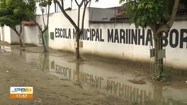Problema de escola nas Três Irmãs virou cobrança do Calendário JPB - As aulas foram canceladas por causa da chuva.