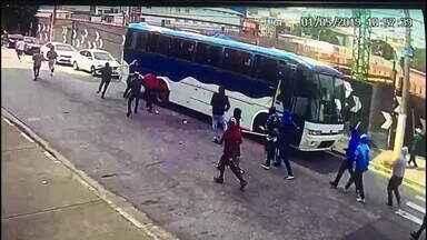 Torcedor do Palmeiras é baleado na zona leste - Foi durante uma briga de com integrantes da própria torcida, no Tatuapé.