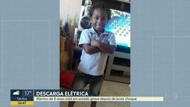 Menino eletrocutado em vendaval continua em estado grave - Caso foi aconteceu em São Gonçalo no último domingo (28).