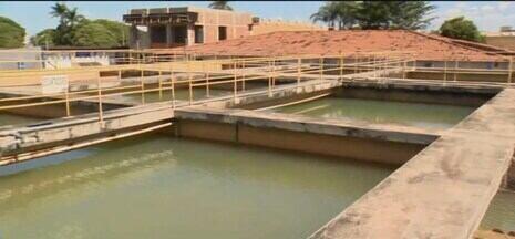 Falta de água gera reclamações de moradores de Patos de Minas e Lagamar - Segundo informações dos moradores, em alguns bairros o problema ocorre há quase trinta dias.