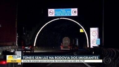 Túneis da Rodovia dos Imigrantes estão sem luz - Energia ficará cortada até o próximo dia 10, quando a concessionária responsável pela rodovia irá finalizar as obras de manutenção,