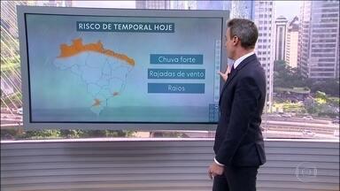 Confira a previsão do tempo para esta quarta-feira (8) em todo o país - Dia amanheceu mais fresquinho em algumas cidades do Brasil. Na faixa leste do Sudeste o frio nos deixa amanhã, mas no Sul ele fica até o fim de semana.
